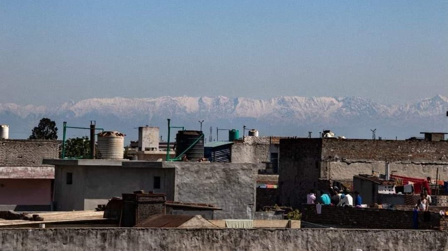 Dhauladhar mountain range of Himachal, visible after 30 yrs, from Jalandhar (Punjab) after pollution drops to its lowest level.