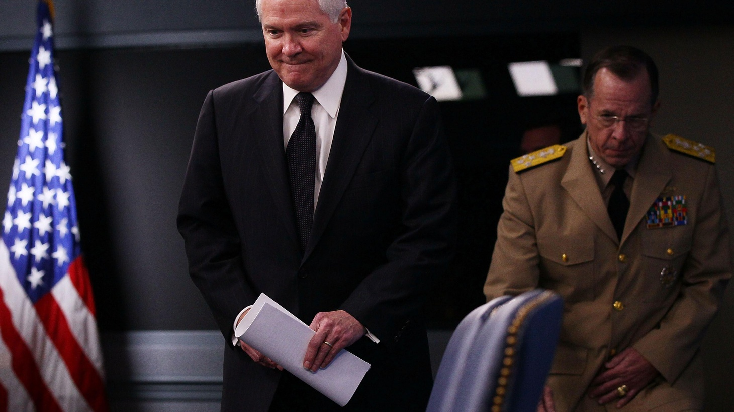 Defense Secretary Robert Gates has advised President Obama to veto spending for projects the Pentagon doesn't want. But Gate's own proposals mean the Defense Budget might not decline after all. Are tough questions about the growing deficit going unanswered? Also, South Korea seeks UN Action against Pyongyang, and Facebook, sharing and privacy.