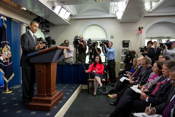 ObamaPress-PeteSouzaWH.jpg