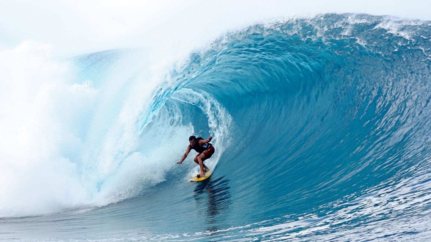 In 1978 a young writer dropped everything and toured the developing world looking for the perfect wave. Journalist William Finnegantells us what he found along the way. He's the author of  Barbarian Days: A Surfing Life .     Big wave surfing in Tahiti at Teahupoo Photo:  Duncan Rawlinson