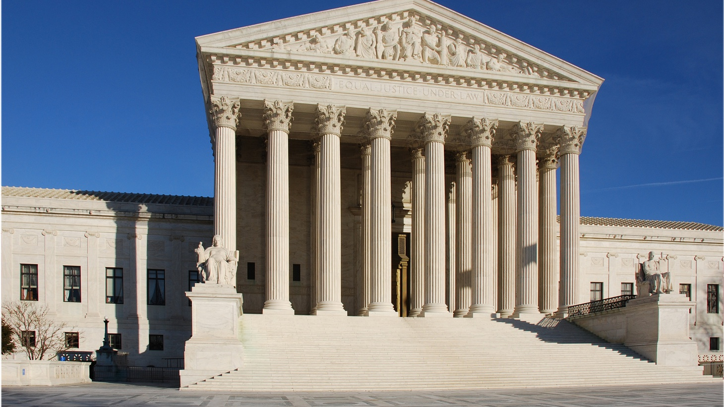 In the past nine years some 17,000 lawyers have petitioned the US Supreme Court, but some had a much better chance of getting their cases heard than others. A recent study shows just 66 got 43% of the cases the justices chose to hear.