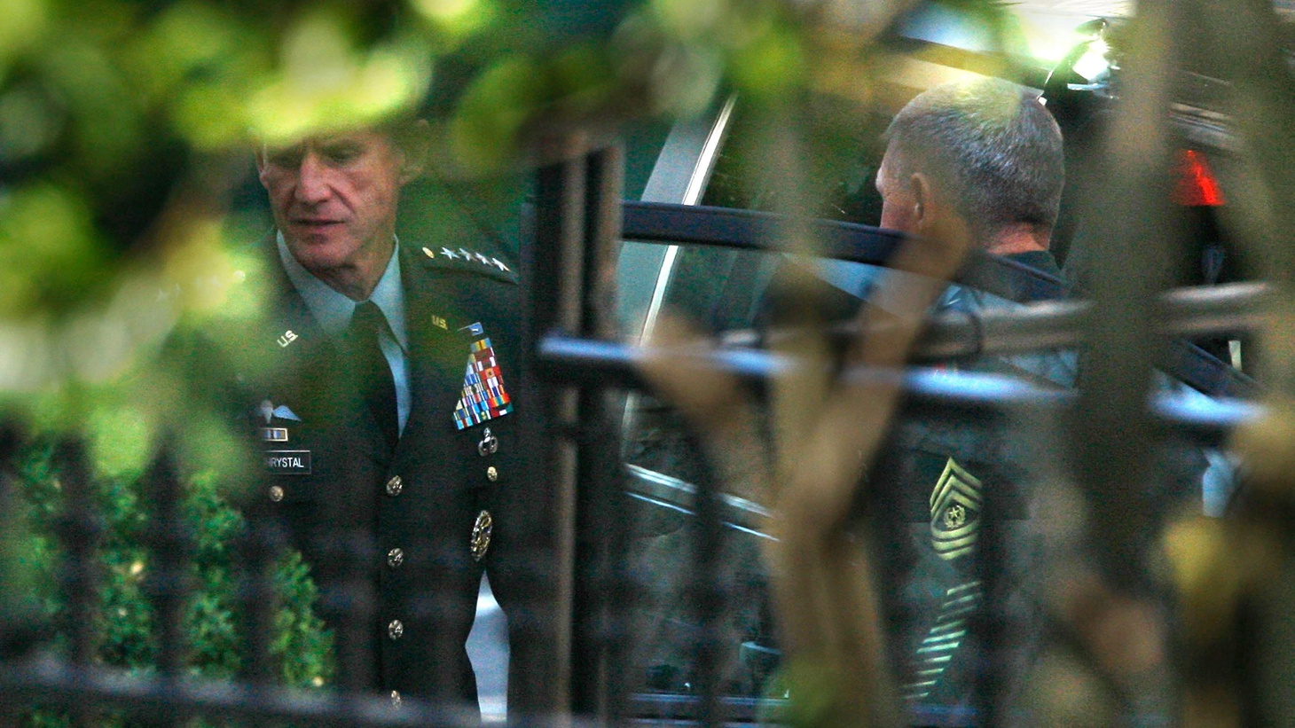 President Obama has replaced General Stanley McChrystal with General David Petraeus as US commander in Afghanistan.  The President said he admired McChrystal and that McChrystal was courteous to the Commander in Chief and faithfully carried out orders.  The problem was that article in Rolling Stone magazine... Also, the President, the judge and the moratorium on deep-water 