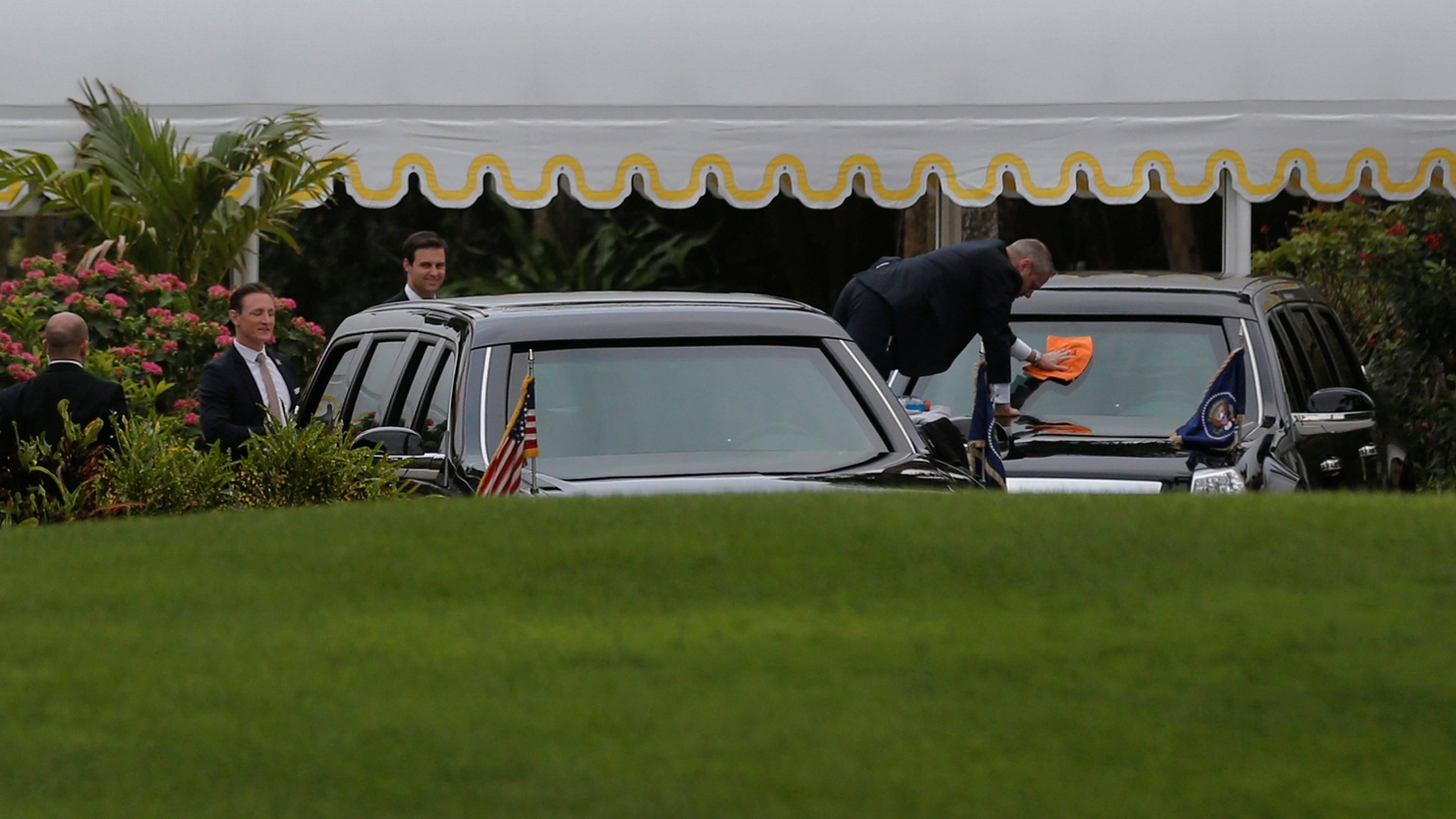 """Secret Service agents tidy-up President Trump's limousines as they wait for him at Mar-a-Lago Club in Palm Beach, Florida Photo by Jonathan Ernst/Reuters   President Trump's summit meeting with China's President Xi Jinping starts today at Mar-a-Lago — Mr. Trump's ultra-luxurious club for members only, now being called """"the Winter White House.""""…"""