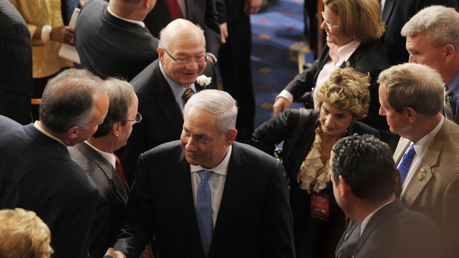 Israeli Prime Minister Benjamin Netanyahu addressed an enthusiastic joint session of Congress today, promising compromises to make peace but not offering much hope for resuming talks with the Palestinians...