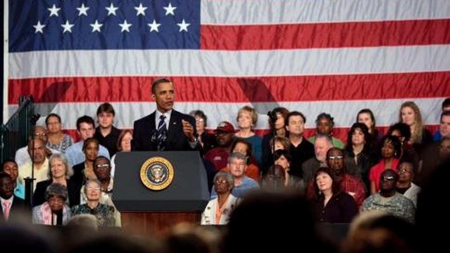 Obama Heads to Cleveland to Push Economic Recovery Plan | To