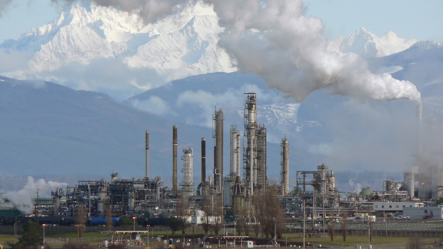 Tesoro Refinery in Anacortes, Washington Photo by  Walter Siegmund  