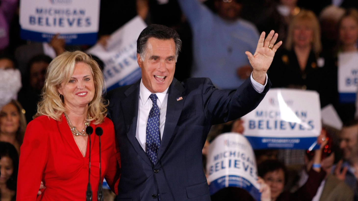 Romney won his home state's vote by 3 points, but Santorum may have won the same number of delegates. Who's got the momentum for Super Tuesday next week in 10 states?
