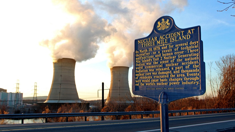 Photo by  Raymond Shobe  