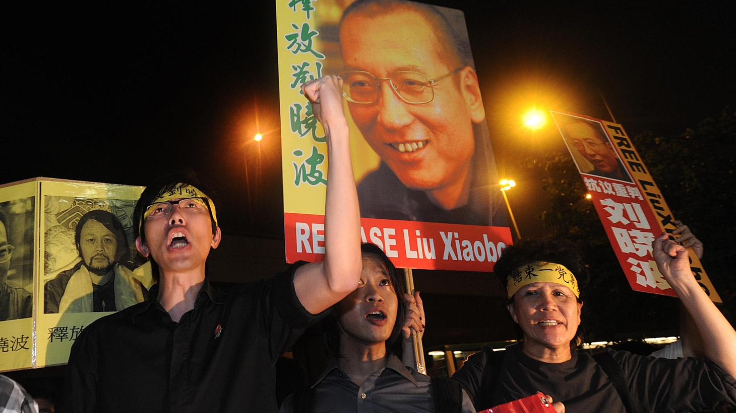 Last year it was Barack Obama. This year it's imprisoned Chinese dissident Liu Xiaobo. We hear about the Nobel Peace Prize, who gets it and why. Also, the Bank of America halts its foreclosures across the US, and the legacy of John Lennon.