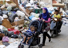 """You Stink"" Movement Targets Trash and Corruption in Beirut"