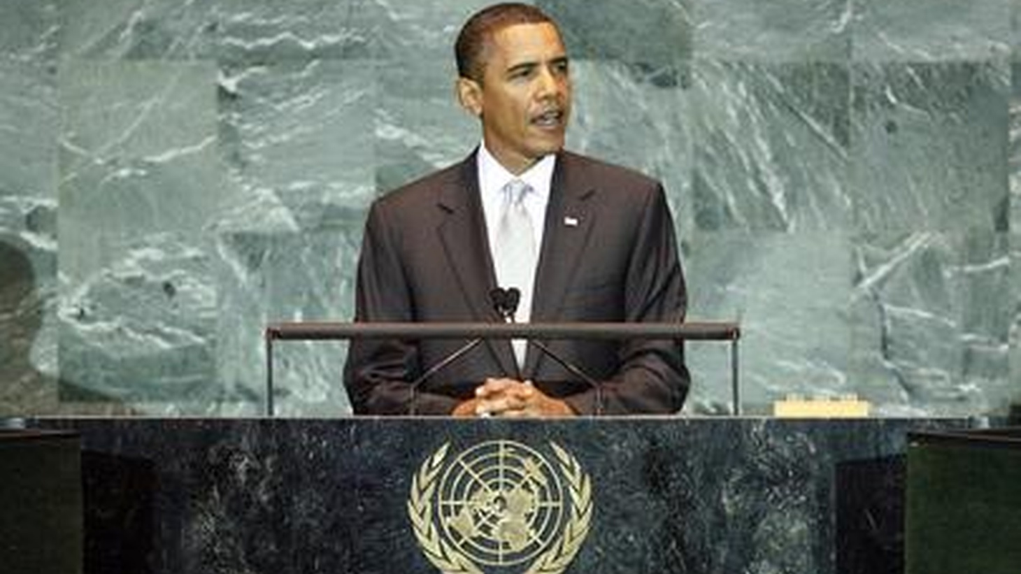 On his first day at the United Nations, Barack Obama addressed a multitude of issues, starting with climate change. Can he help set the stage for international action? Is it already too late to prevent life-changing developments all over the world? Also, Obama urges Netanyahu and Abbas to restart Israeli-Palestinian negotiations, and new rules for net neutrality.