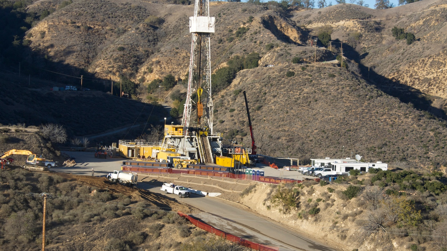 The continuing gas leak that's moving thousands of families out of their homes is an ecological disaster of national proportion. It constitutes 21% of the state's methane emissions and 2.3% of its entire carbon footprint. Now it turns out that Southern California Gas Company removed a safety valve that could have stopped the leaking from pipes it knew were not just decades old but likely to have been corroded.