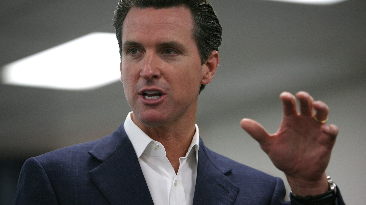 "Given what's happening — or failing to happen — in Sacramento, why does anyone want to be Governor? We ask San Francisco Mayor Gavin Newsom. Also, another legislative session in Sacramento is winding down. On our rebroadcast of today's To the Point, last night's address to Congress was called a ""make or break"" moment for the presidency of Barack Obama, but it's one part of an ongoing process."