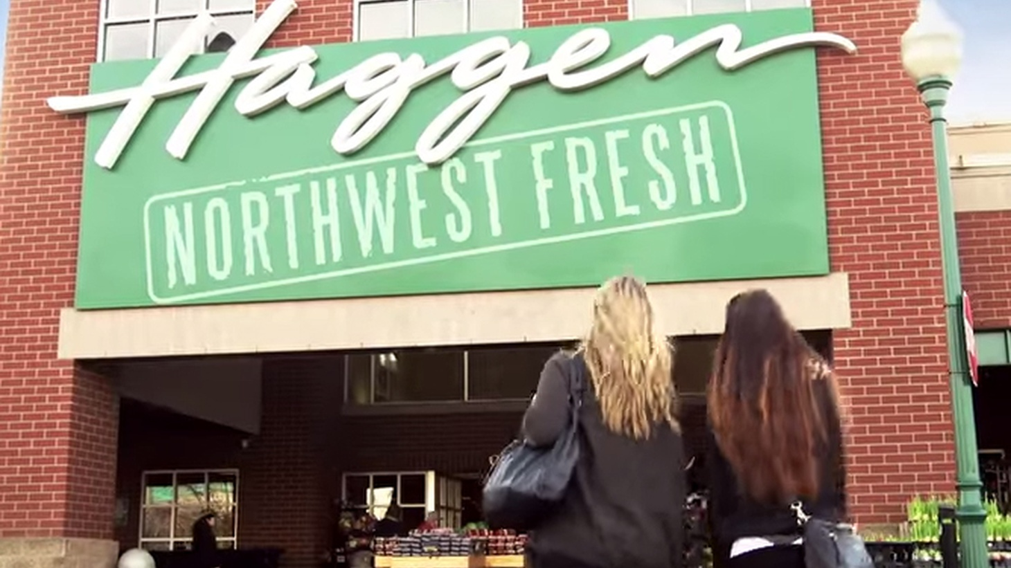 If you've never heard of Haggen Grocery stores, it could be the lack of advertising, which combined with increased prices to force Haggen into bankruptcy right after it bought up 83 supermarkets in California early this year. The bungled expansion plan means big trouble for thousands workers in a hyper-competitive market.