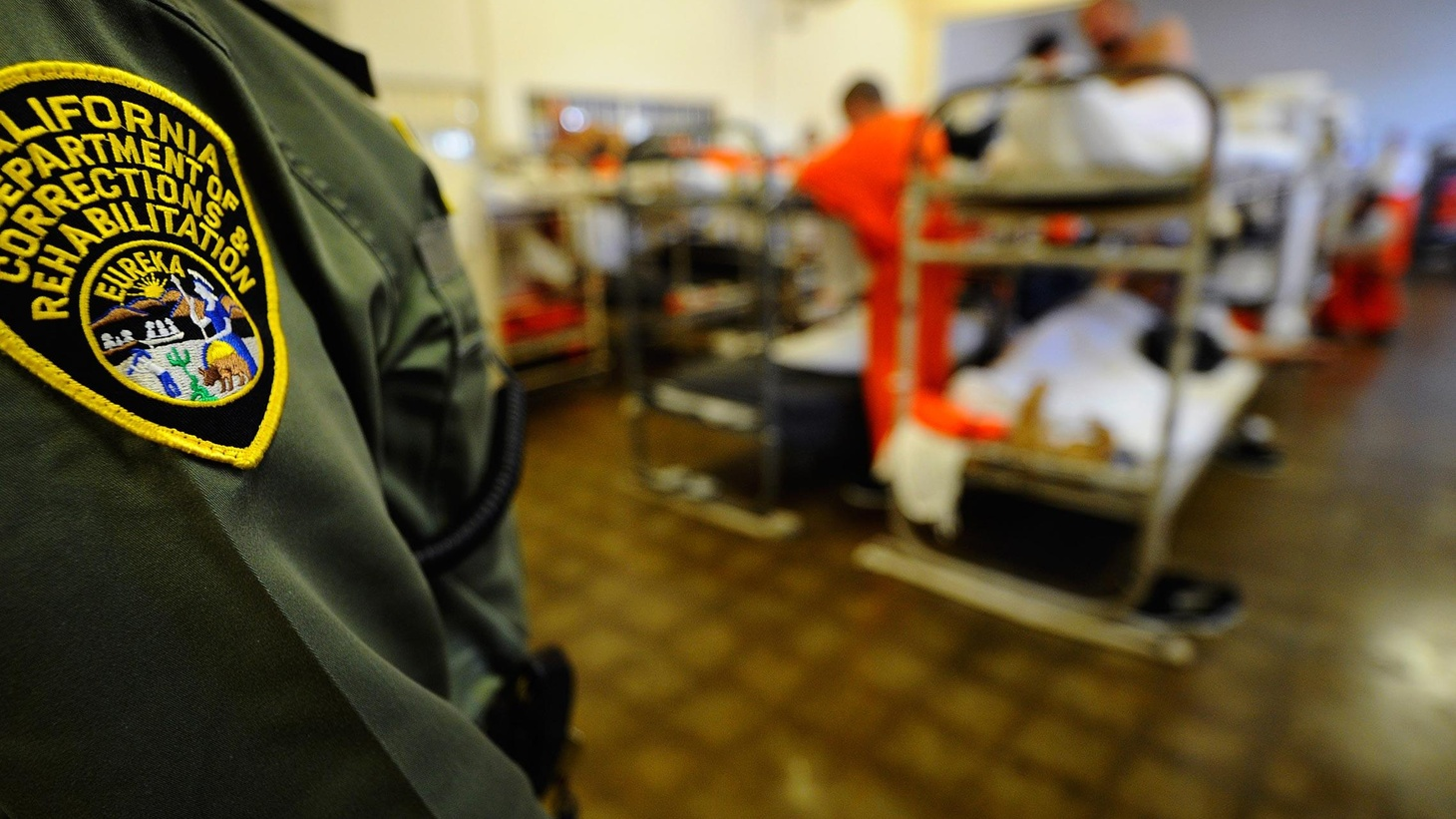 """To release overcrowding in state prisons, some 15,000 inmates and parolees are on their way to Los Angeles County starting this Saturday. Governor Brown calls it """"realignment..."""""""