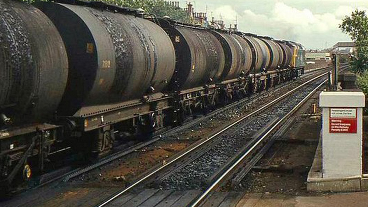Right now, just 1% of the crude oil refined in California gets here by rail. In two years it'll be 25%, on trains that haul 100 tank cars at a time. But state officials are not disclosing details about train movements in a report provided by railroad companies.