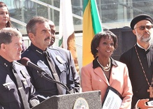 Pressure on DA Lacey to File Charges against LAPD Officer