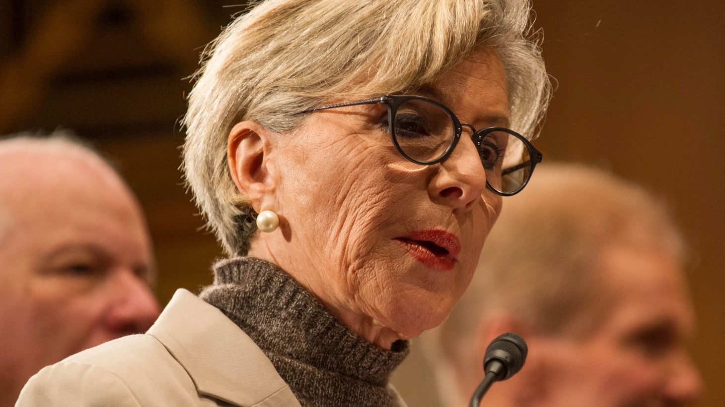 After 30 years in Washington, US Senator Barbara Boxer says it's time to come home, and she won't run for re-election next year.