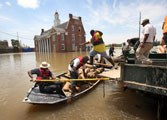 Can Man Control the Mighty Mississippi River?