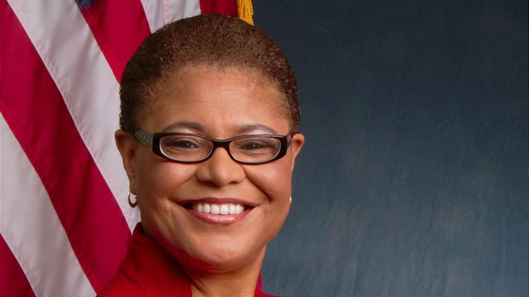 Karen Bass is among a new generation of leaders who have risen from South L.A.'s Community Coalition.