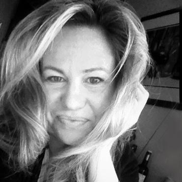 Jennifer Wolfe